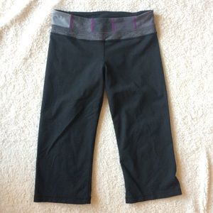 Lululemon reversible yoga crops